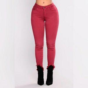 NWT Fashion Nova Ankle Jeans 9 - Burgundy